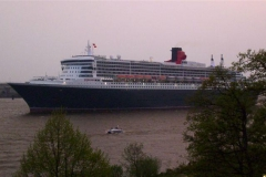 Queen_Mary_2_(12)